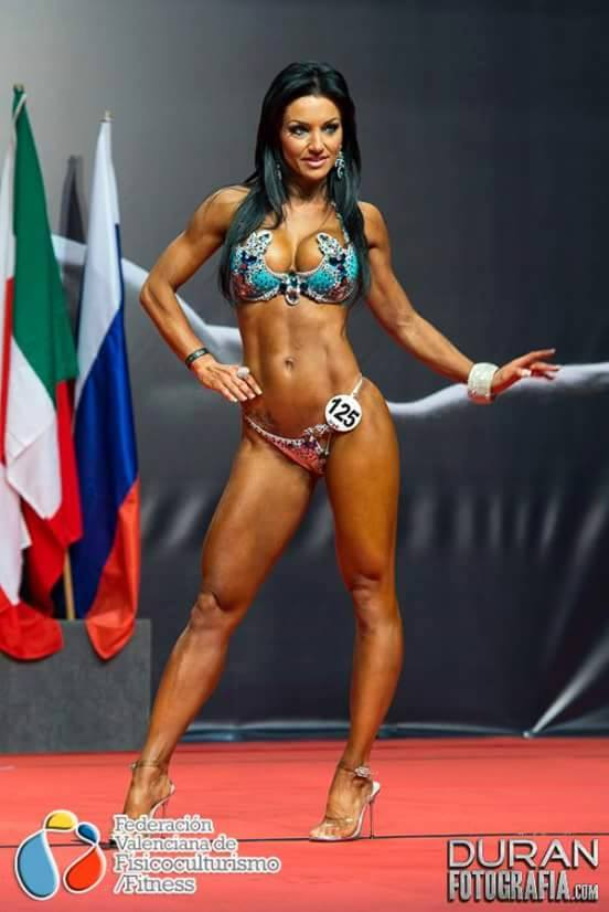 Ana Lía Hernández 13