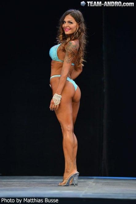 Aurelia Bissoli 2 Period in Bikini 02
