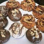 Galletas de coco y crema de cacahuete